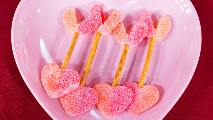 Abby Larson Shows Off Five Easy Valentineu0027s Day Treats You Can Make With  The Kids