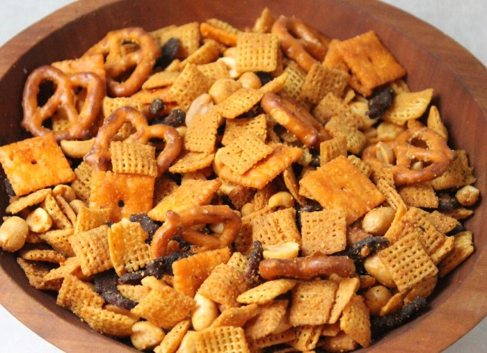 Spicy Buffalo-Bacon Chex Mix