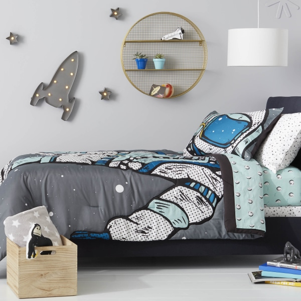 target adding gender neutral decor to upcoming childrens collection todaycom - Target Room Decor
