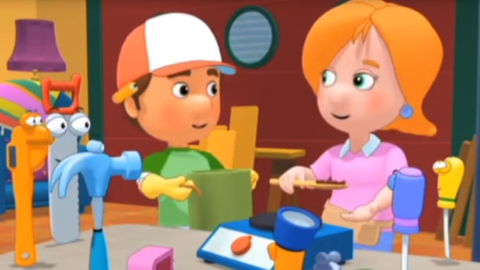are manny and kelly dating Have you ever wondered (handy manny) the chemistry b/n manny and kelly can get old after a while and we wonder why they he doesn't have a boyfriend.
