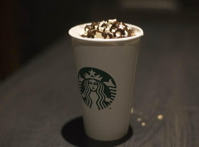 How Do You Make White Hot Chocolate