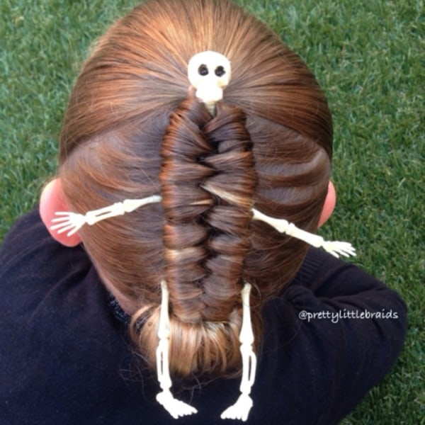 Terrific Mom Creates Beautiful Intricate Braids In Daughter39S Hair Today Com Hairstyle Inspiration Daily Dogsangcom