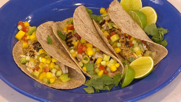 Grilled red snapper fish tacos with mango salsa