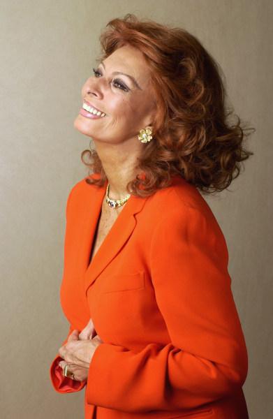 Sophia Loren reveals t...