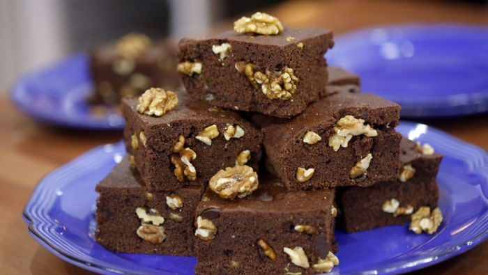 Billy Dec makes double chocolate walnut brownies