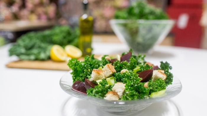 4-Ingredient Kale Salad