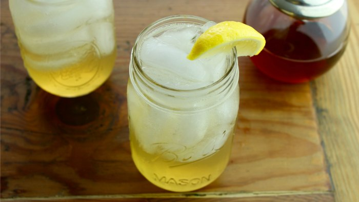 Honey Bee Spritz, a twist on the classic rum cocktail