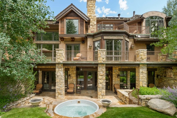Just Listed Take A Tour Inside This Aspen Home