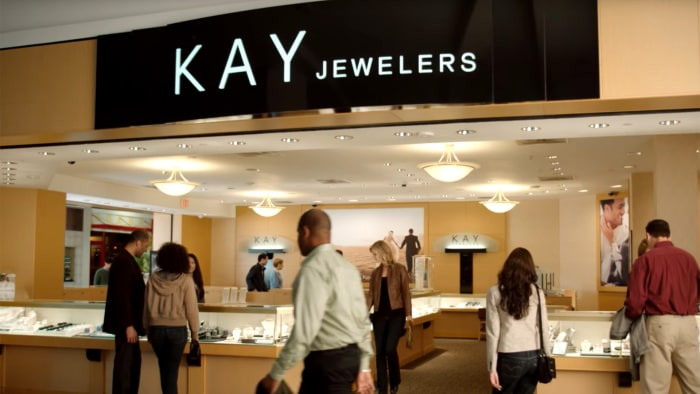 women accuse kay jewelers of losing or ruining their