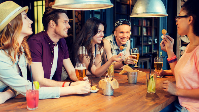 6 tips for avoiding excess calories in alcoholic drinks ...