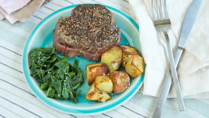 Easy steak recipe: pepper-crusted steak
