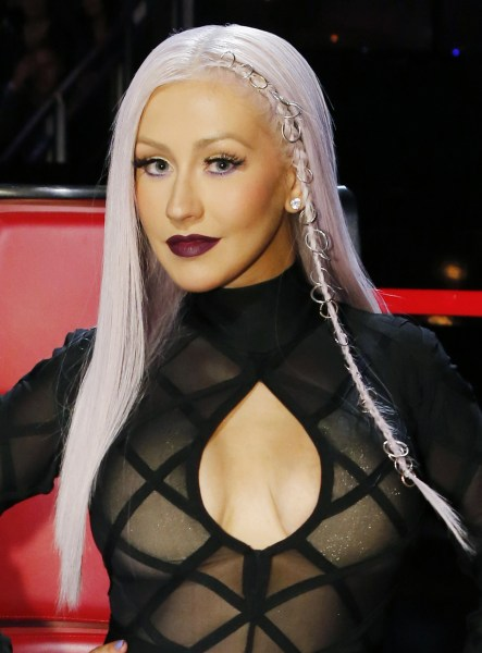 Christina Aguilera hair is now red: See her new look ... Christina Aguilera