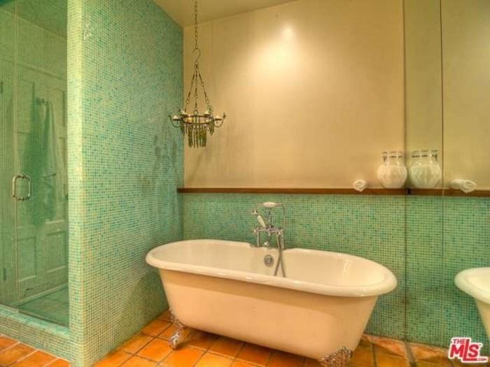 salma hayek39s home is for rent take a tour inside With salma hayek bathroom