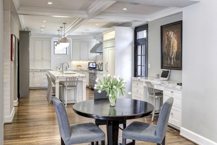 HomeVisit comObamas home  Take a tour of their new Washington DC house   TODAY com. New Home Kitchen Pictures. Home Design Ideas