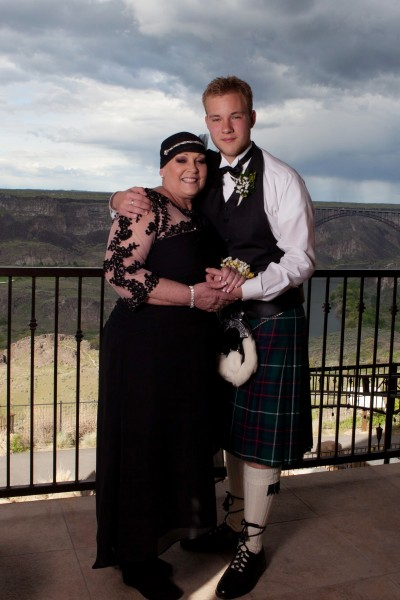 son takes terminally ill mom to prom