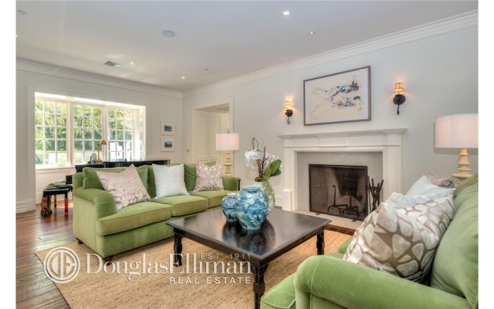 Adele buys beverly hills home take a tour inside for Living room today
