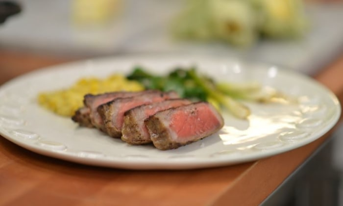 Curtis Stone makes steak with creamed corn