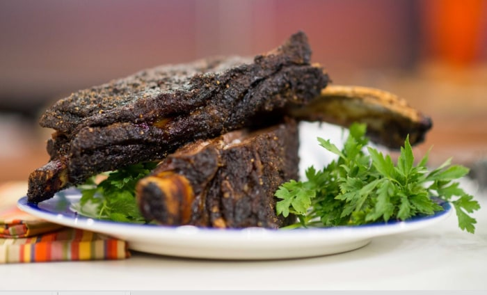 Roger Mooking serves up some mouthwatering Texas beef ribs.
