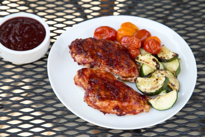Chicken with cherry barbecue sauce