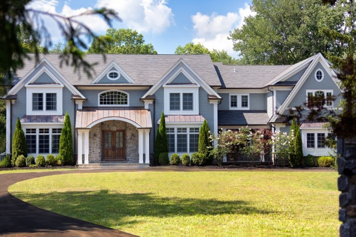 kevin jonas is selling his new jersey mansion see inside. Black Bedroom Furniture Sets. Home Design Ideas