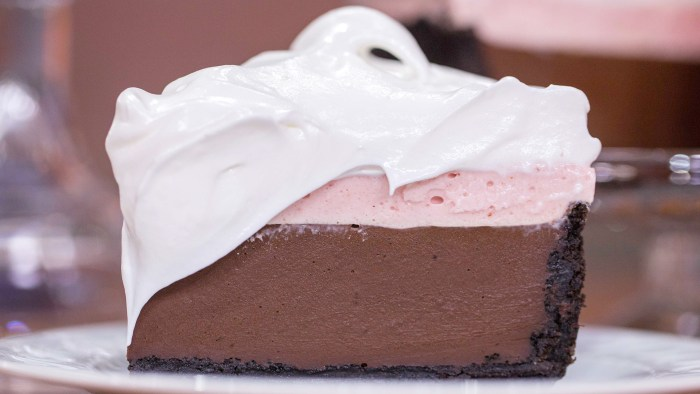 Devil's Chocolate Cream Pie