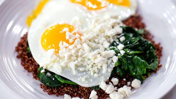 Egg, Spinach, Quinoa and Feta Power Breakfast