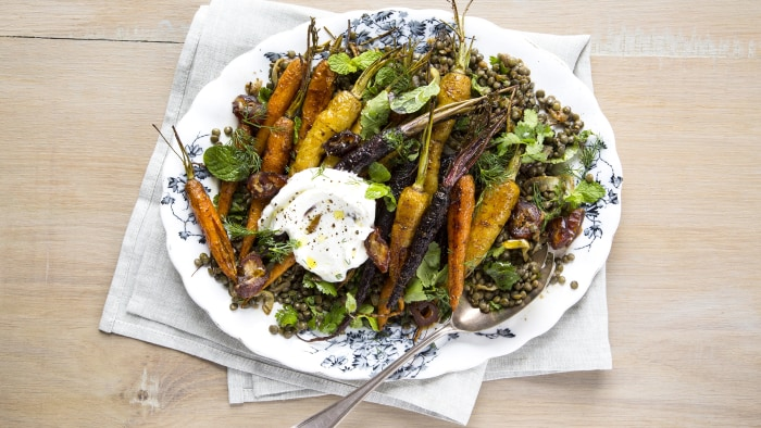 Spice-Roasted Carrots with Lentils