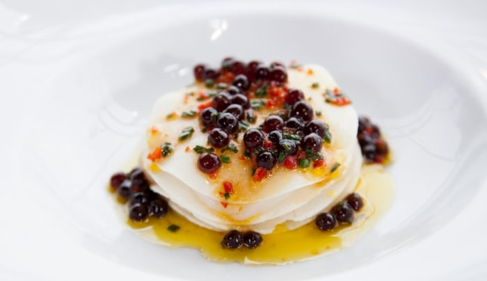 Scallops with tapioca caviar
