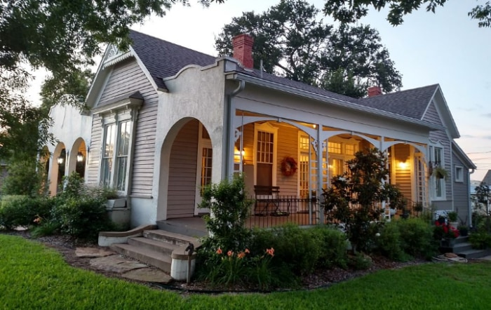 Multiple fixer upper homes are now available to rent for Inside chip and joanna gaines house