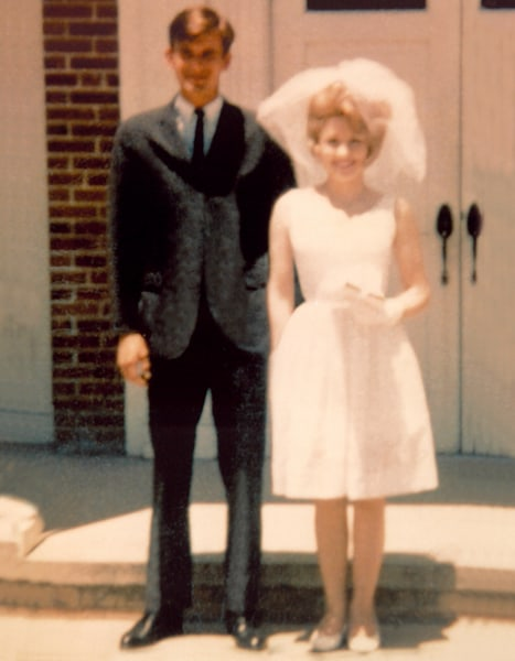 How Has Dolly Parton Stayed Married For 50 Years 47 Of Those Years I Was Gone