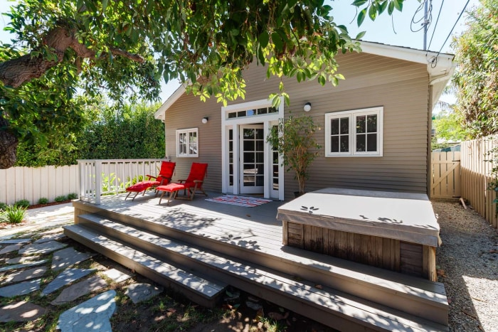 Lucille Ball S First Hollywood Home Is For Sale See