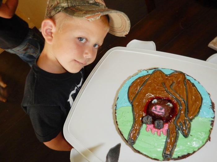 Creative Mom Makes Son Cow Having A Calf Birthday Cake