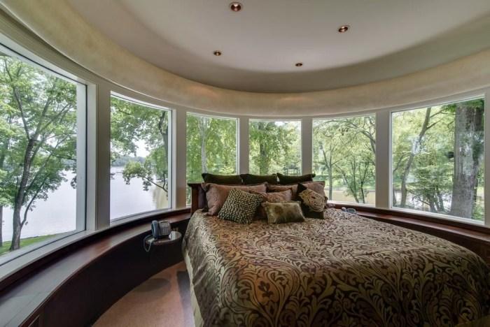 Reba Mcentire Is Selling Her Nashville Home See Inside