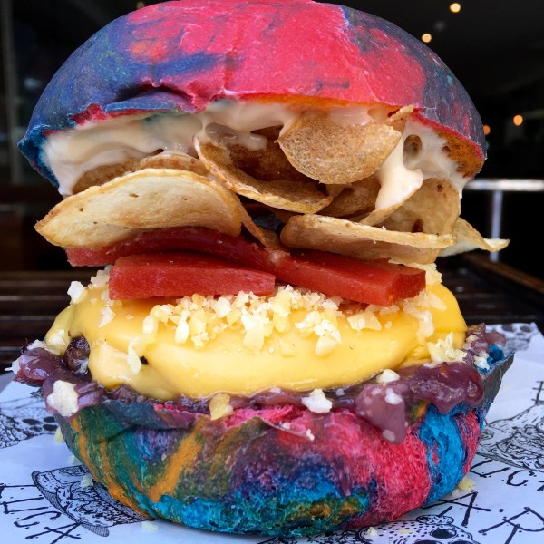 Willy wonka rainbow burger is a tribute to gene wilder for Food bar rainbow moon