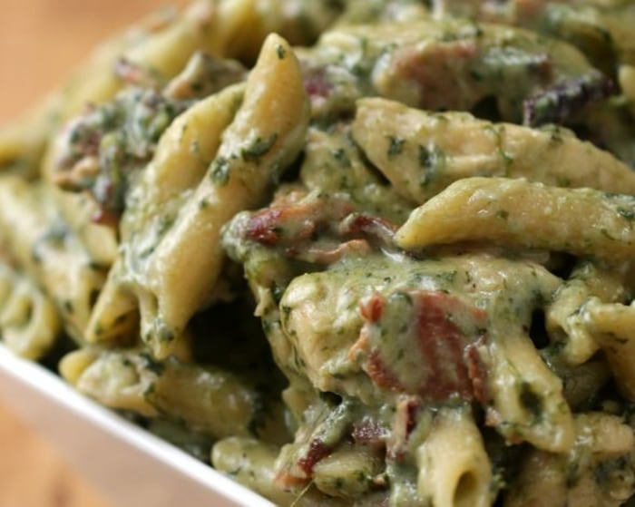 One pot chicken spinach bacon alfredo today one pot chicken bacon alfredo tasty print recipe forumfinder Gallery