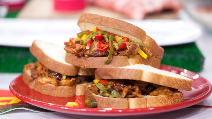 Sunny's Kansas City Slow Cooker Rib Sandwiches