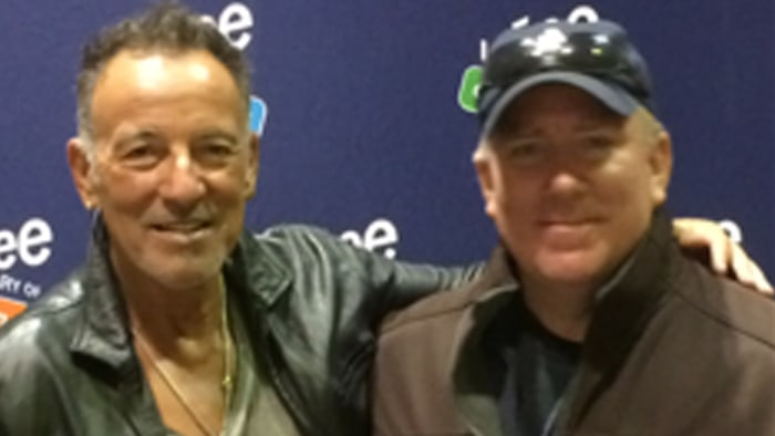 bruce springsteen signs absence note for boy who skipped school to see him