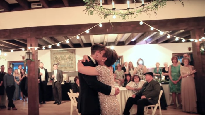 How this mom with MS danced with her son at his wedding - TODAY.com