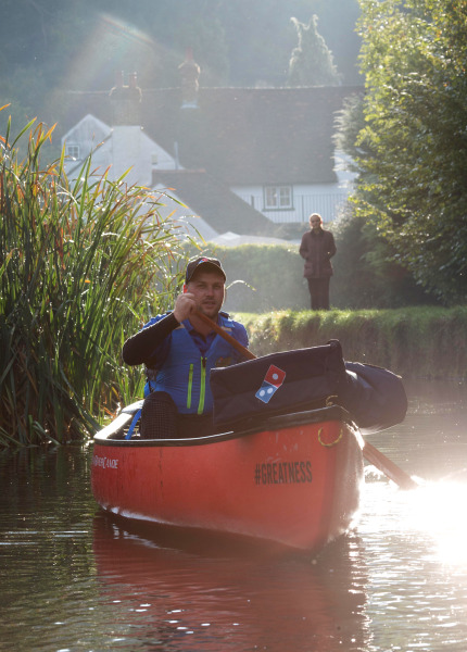 Domino's in England now delivers pizza by canoe - TODAY.com