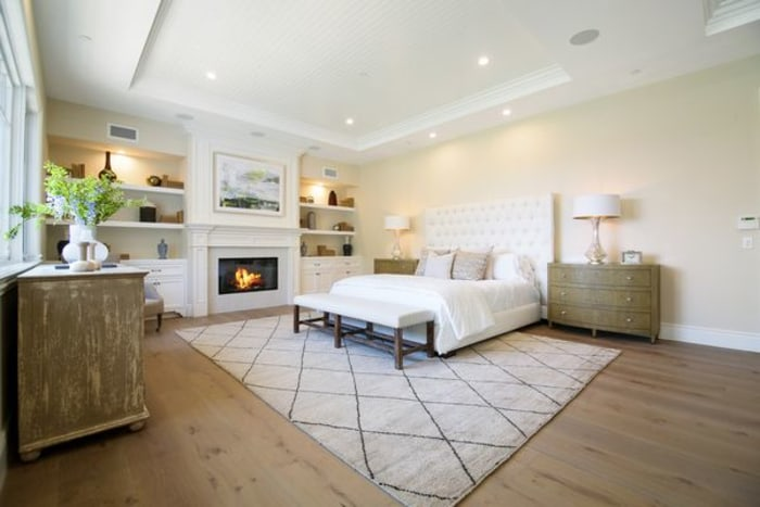 Kylie Jenner Buys Hidden Hills Home Take Tour Inside Today
