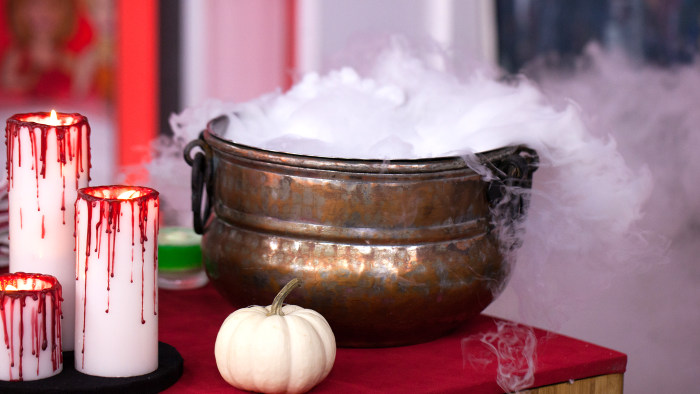 Elise Strachan:6 frighteningly fantastic Halloween dessertsWitches' Cauldron Punch. TODAY, October 27th 2016.
