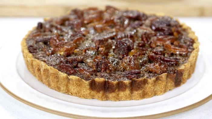 Pumpkin-Pecan Pie-Cake 3