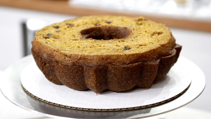 Pumpkin-Pecan Pie-Cake 2