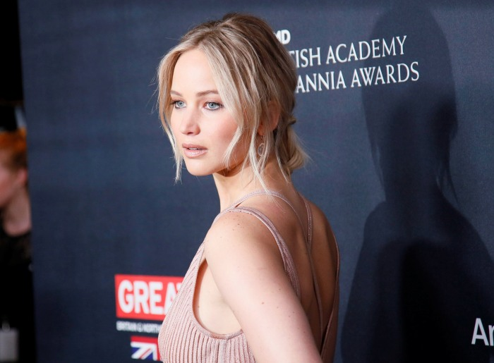 Jennifer Lawrence Is OK After Her Private Jet Lost Both Its Engines