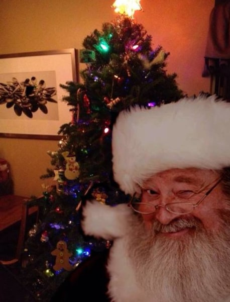 From selfies to santa trackers 7 apps that help keep christmas magic