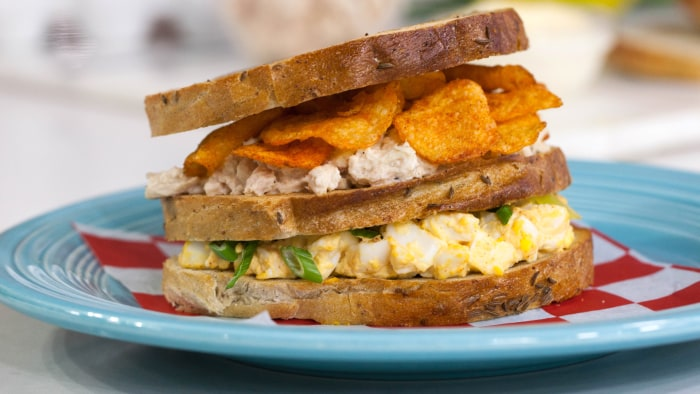 Alex Guarnaschelli's Mama Guarnaschelli's Double Decker Sandwich.TODAY, December 1, 2016.