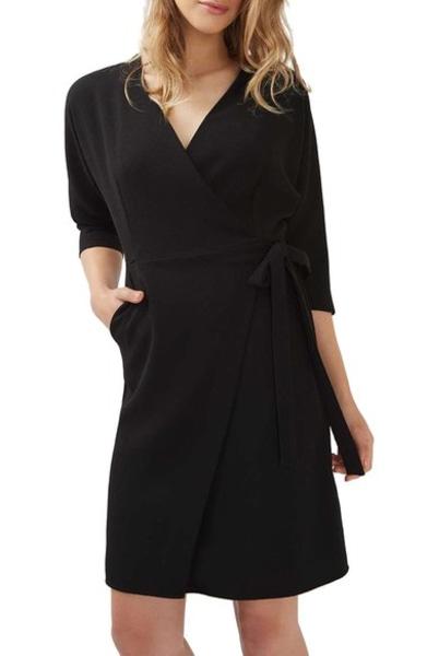 Mm Lafleur S Black Casey Dress Has A 1 429 Person Long