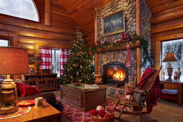 Take a tour inside santa 39 s house in the north pole for Living room today