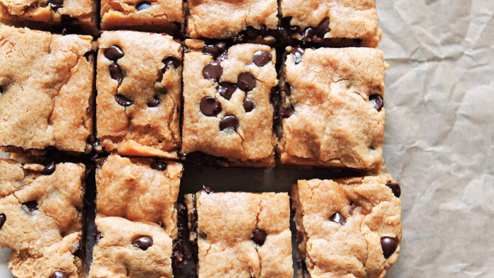 Vegan Chocolate Chip Cookie Bars recipe