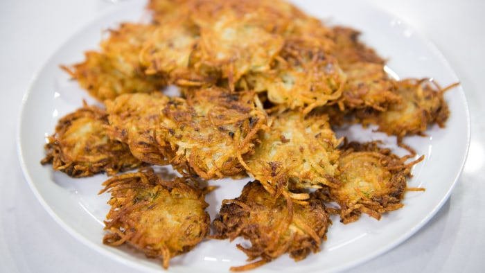 Gail Simmons's Mom's potato pancakes Hanukkah latkes recipe